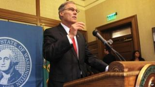 Governor Jay Inslee announces he is suspending the use of the death penalty in Washington state during a news conference in Olympia, Washington 11 February 2014