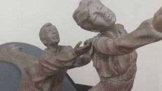 Model of Torvill and Dean sculpture