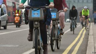 Cyclists head to work in London