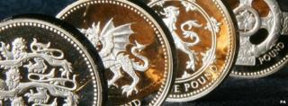 Commemorative gold pound coins