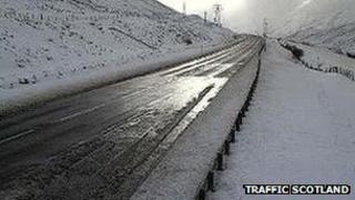 Snow on A9 at Drumochter