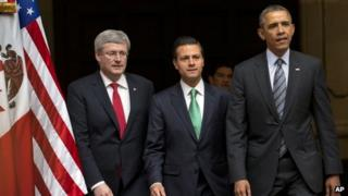 Canadian Prime Minister Stephen Harper (left) Mexican President Enrique Peña Nieto (centre), and US President Barack Obama in Toluca, Mexico, on 19 February 2014