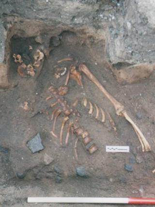Experts unearth ancient murder victim in East Lothian