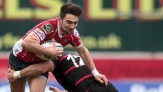 Jordan Williams scored two Scarlets tries
