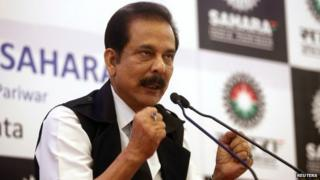 Sahara Group Chairman Subrata Roy gestures as he speaks during a news conference in Kolkata November 29, 2013