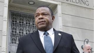 Tony Mack, mayor of New Jersey's capital city, Trenton, walks from Federal Court in Trenton, New Jersey 6 January 2014