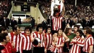 Sunderland win FA Cup Final in 1973