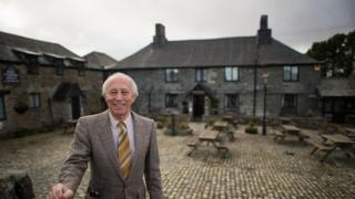 Allen Jackson outside Jamaica Inn