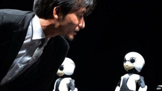 Japanese scientist can now talk to robots