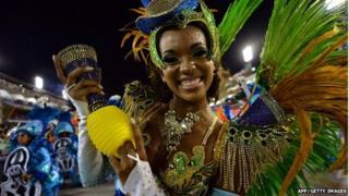 Rio samba parade, 3 March 14
