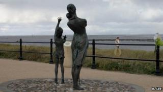 Welcome Home statue at Fleetwood