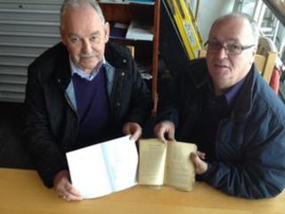 Edwin Hughes a Peter Roberts