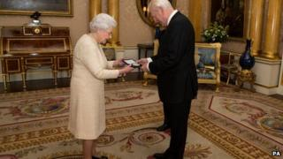 Sir Thomas Allen receiving the honour