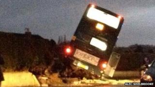 Bus crash, Kippax