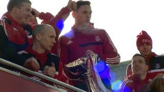 Aberdeen team on bus