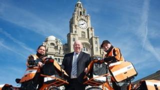 Mayor of Liverpool Joe Anderson with new TNT workers