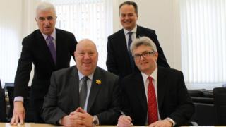 Max Steinberg CBE, Chris Corlett, Minister of Economic Development John Shimmin and the Mayor of Liverpool, Joe Anderson.