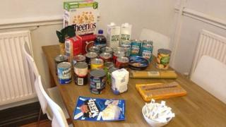 A single person's allowance from the food bank