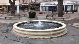 Fountain on Northampton Market