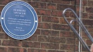 Derby blue plaque for paper clip inventor Herbert Spencer
