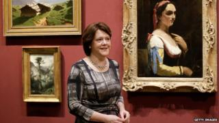Maria Miller in a gallery