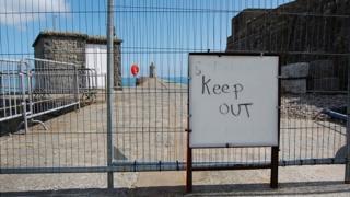Keep out sign on Castle Cornet breakwater