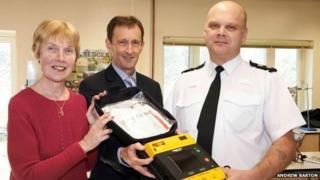 Defibrillator presentation