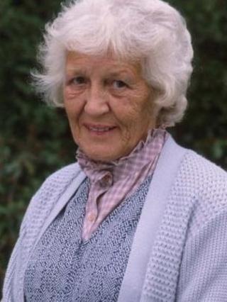Edna Dore