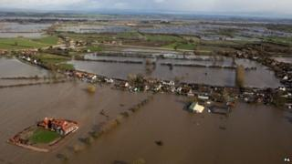 Aerial picture shows the scale of Somerset flooding