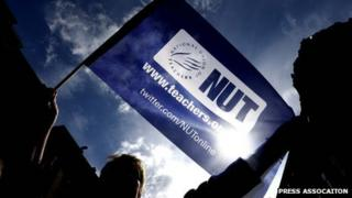 Teachers' union to hear calls for strike in June