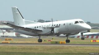 Plane landing at Edinburgh Airport