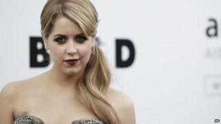 Family and friends say farewell to Peaches Geldof