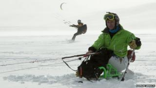 Sean Rose snow-kiting