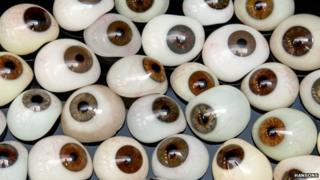 Prosthetic human glass eyes