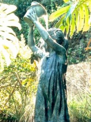 Desmond Fountain sculpture