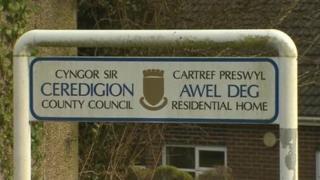 Cartref Awel Deg