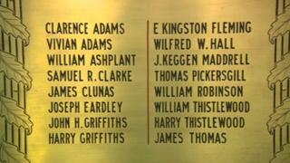 Memorial plaque to WW1 dead