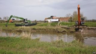Dredging on the River Parrett