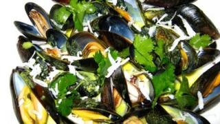 Mussels in their shells