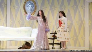 Tara Erraught and Kate Royal in Der Rosenkavalier