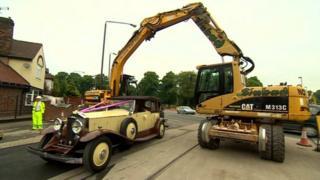 Diggers and Hannah Kirk's bridal car
