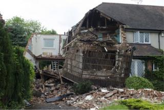 Collapsed house in Beaks Hill Road