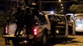 Police rescue kidnapped person in Banderilla in eastern state of Veracruz. 15 May 2014