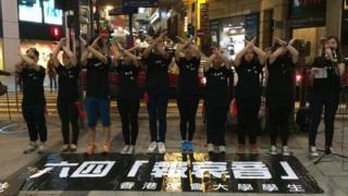 Street performers in Hong Kong