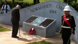 Veteran lays wreath at Normandy memorial in Staffordshire