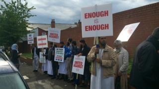 Protest outside Al-Hijrah school