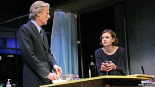 Bill Nighy and Carey Mulligan in Skylight