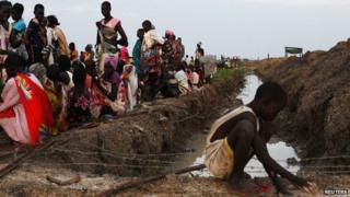 Global refugee figures highest since WW2, UN says