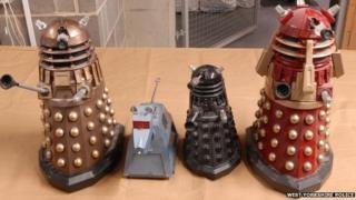 Items of Dr Who memorabilia
