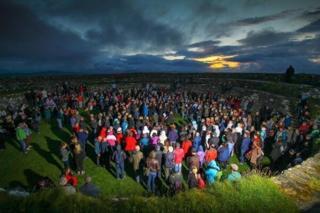 Summer solstice at An Grianán Ailigh